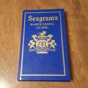 SEAGRAM'S BARTENDING GUIDE 1995 HARDCOVER
